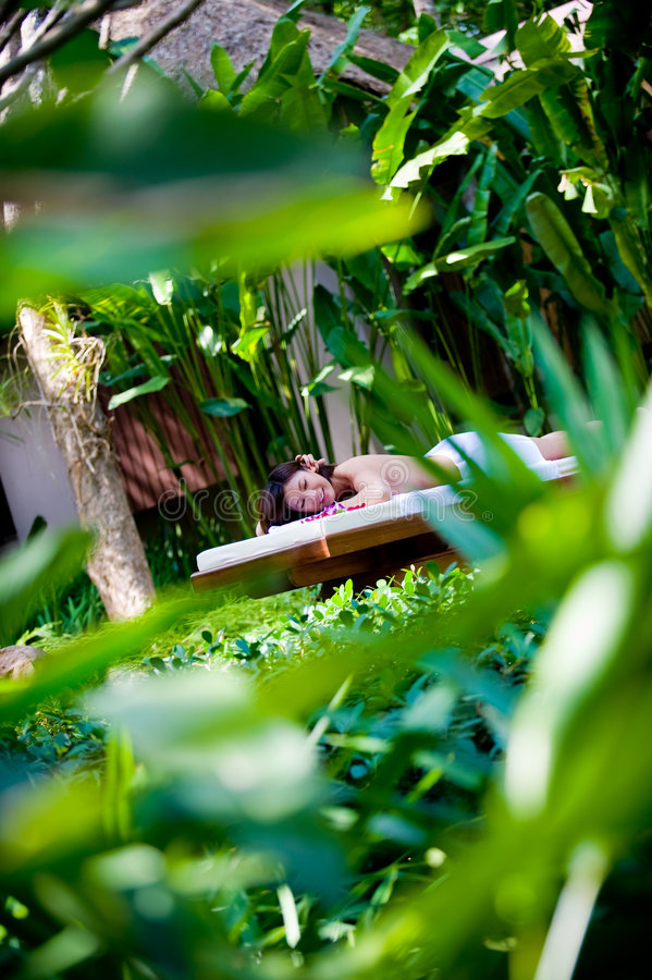 Massage utanför arkivbild