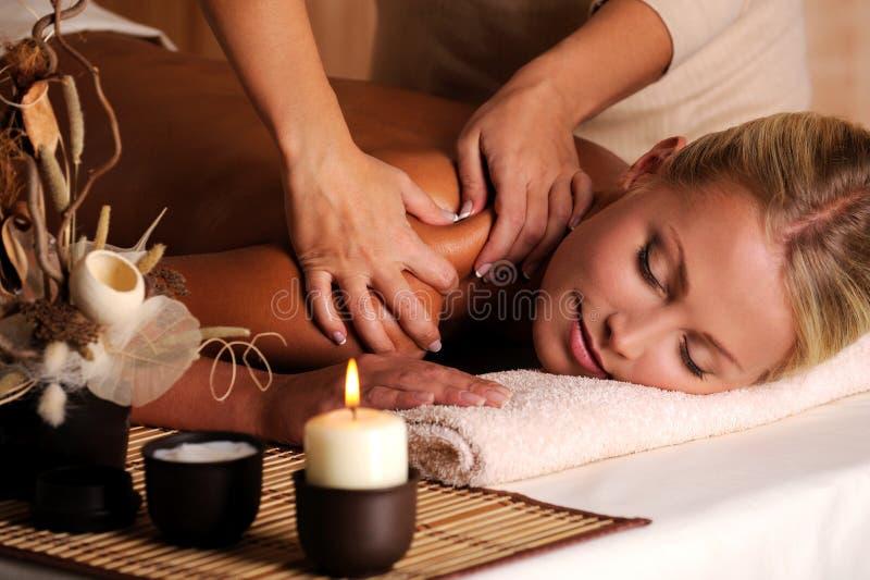 Massage van shuolder stock fotografie