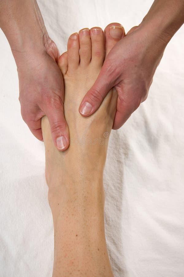 Massagem do Instep foto de stock