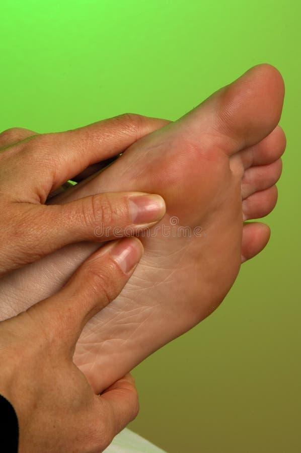 Massagem do pé de Reflexology foto de stock royalty free
