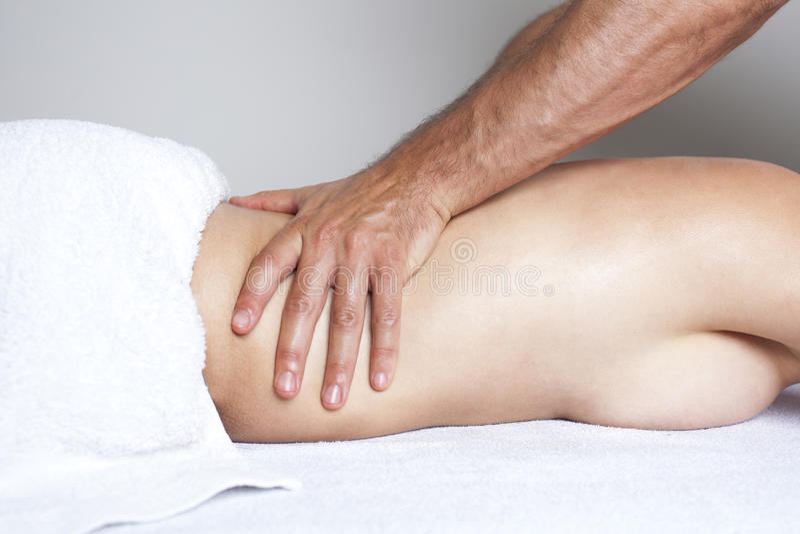 Massagem do rim fotos de stock royalty free