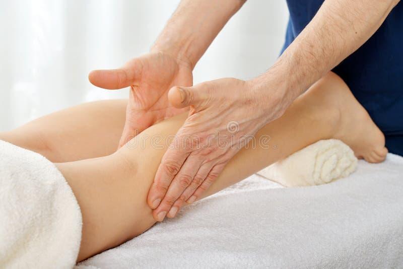 Massagem dos pés fotos de stock royalty free