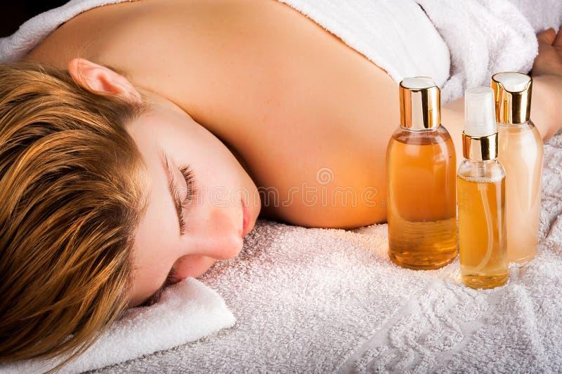 Massagem e abrandamento dos termas foto de stock