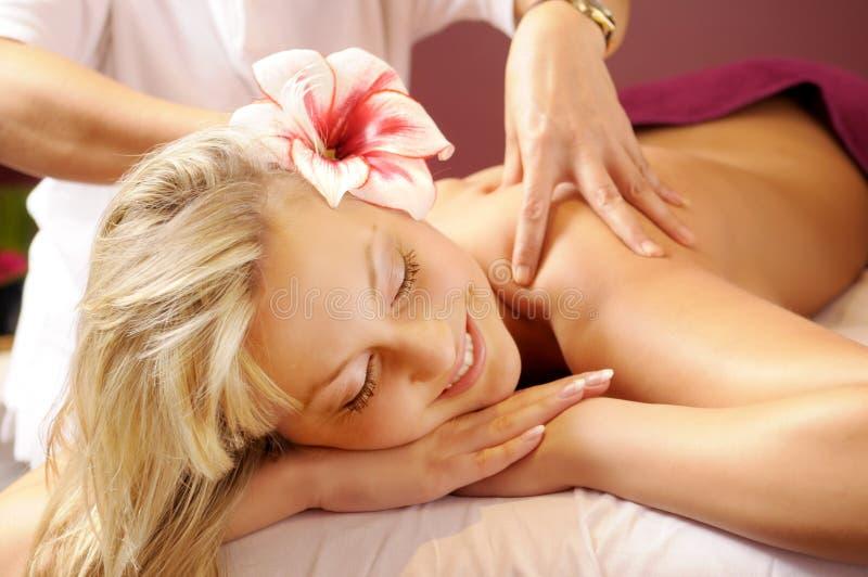 A massagem tailandesa fotografia de stock