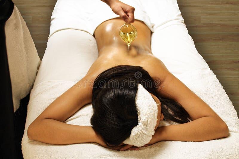 massageolja royaltyfria foton
