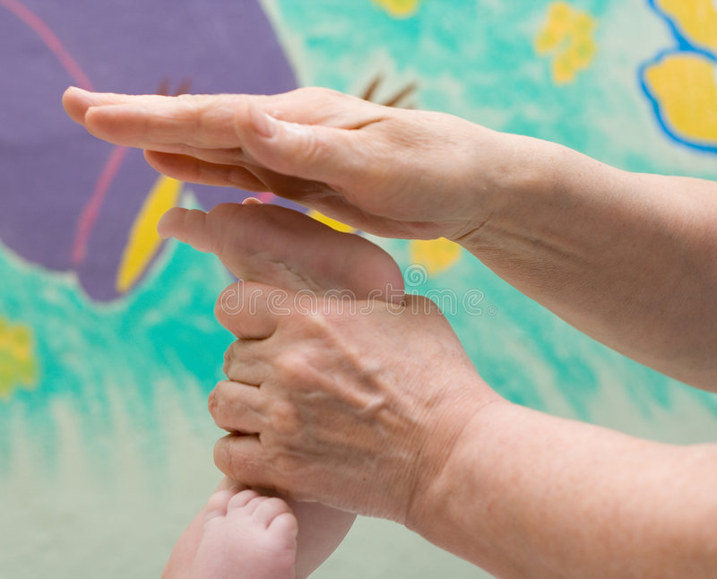 Massaggio del bambino fotografia stock libera da diritti