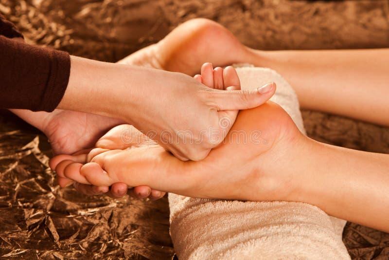 Massaggio del piede fotografia stock