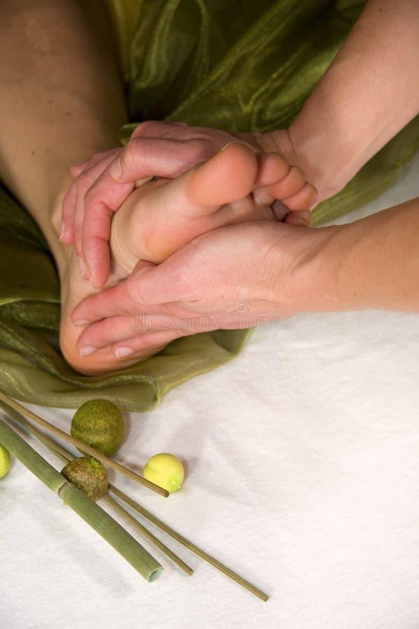 Massaggio della suola del piede fotografia stock