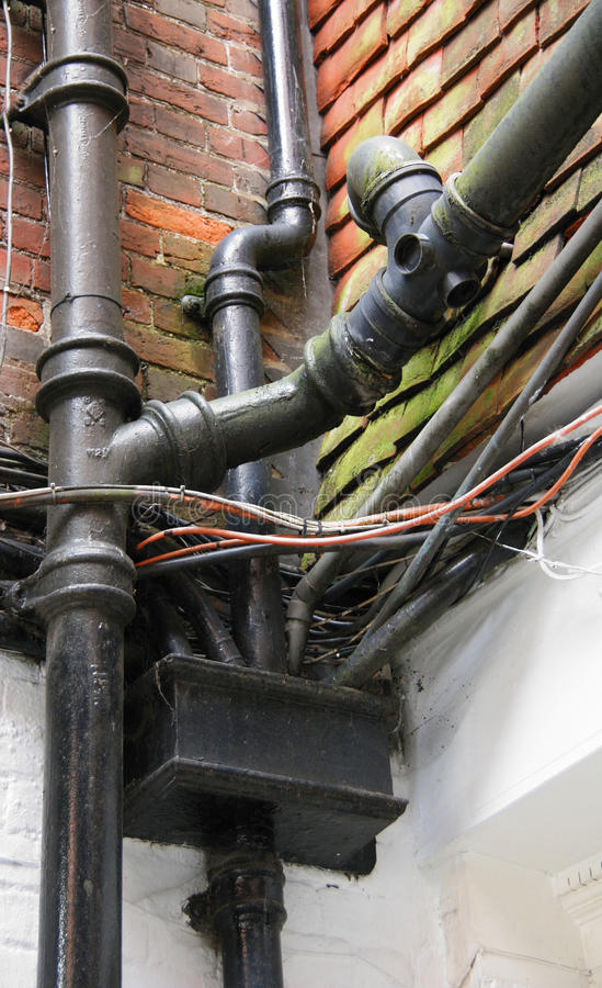 Masse der Leitungen, der Seilzüge und der Rohrleitung stockbild