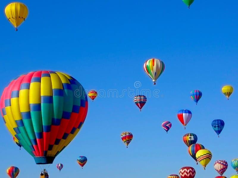 Massenbesteigungs-@ Albuquerque-Ballon-Fiesta stockfotografie