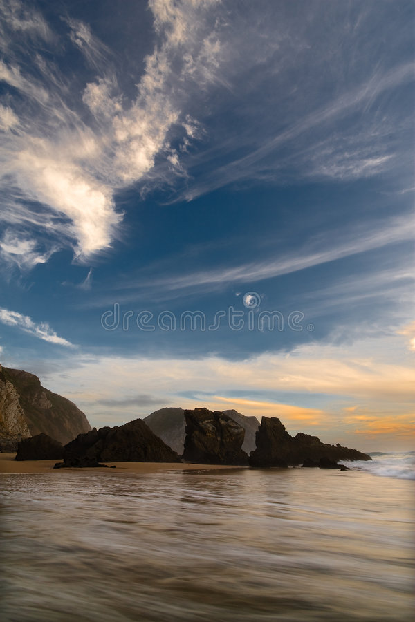 Massi alla spiaggia fotografia stock