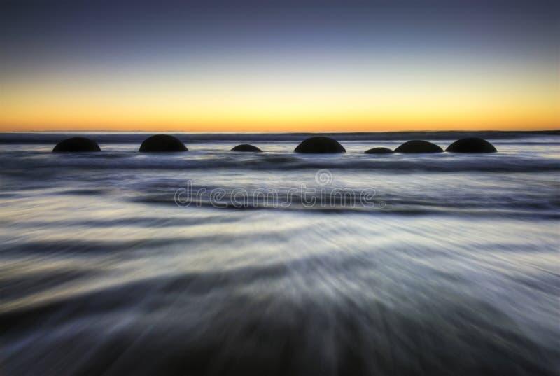 Massi di Moeraki, Nuova Zelanda immagini stock libere da diritti