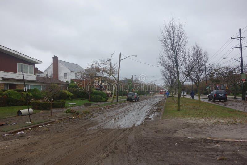 Massieve verwoesting in de nasleep van Orkaan Zandig in Verre Rockaway, New York stock foto