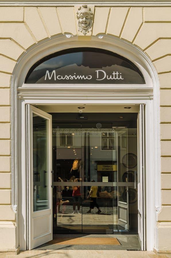 Download Massimo Dutti Store Editorial Image - Image: 33535965