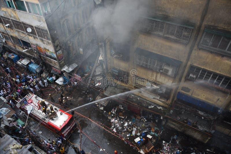 Massiv brand på den Kolkata grossistmarknaden arkivfoton