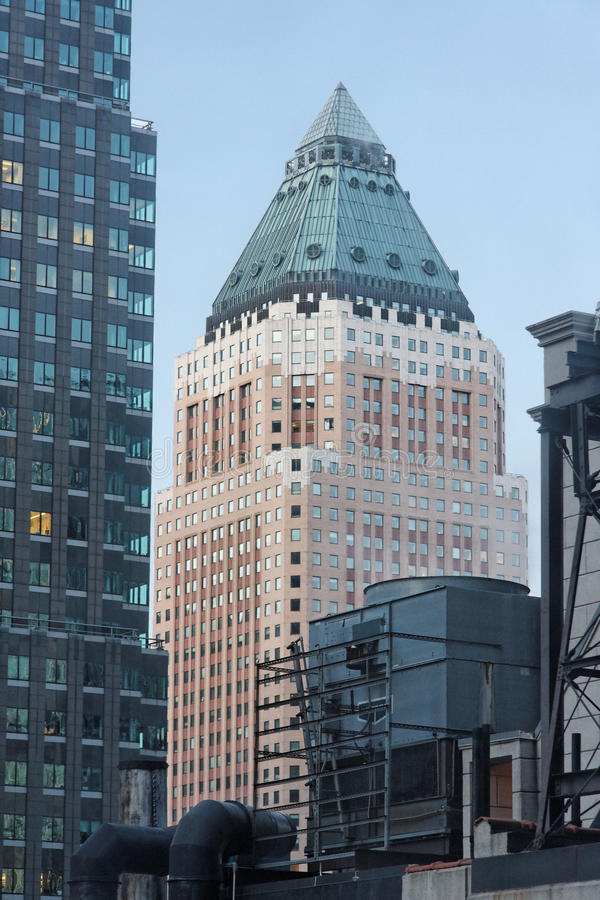 Free Massive Building In New York Royalty Free Stock Photos - 12471908