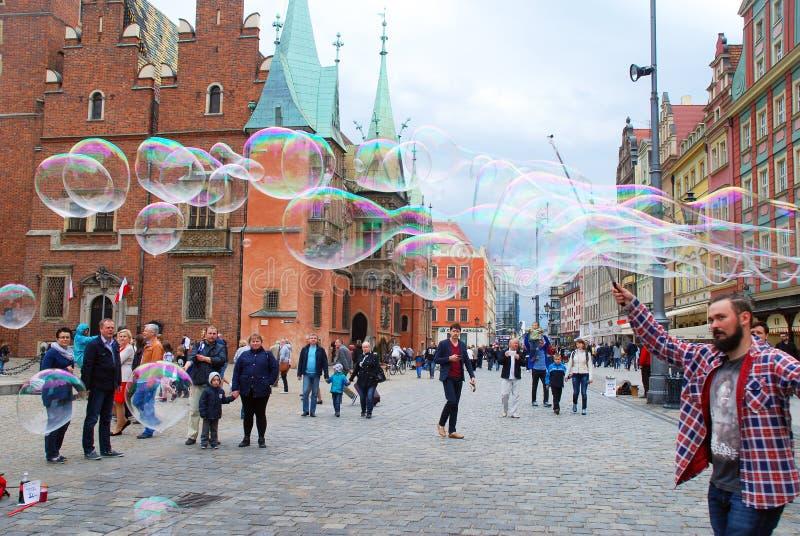 Master delle bolle di sapone a Wroclaw fotografia stock