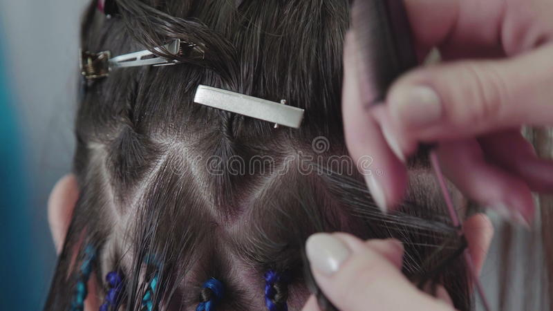 Master Hairdresser Plaits African Braids The Process Of Weaving