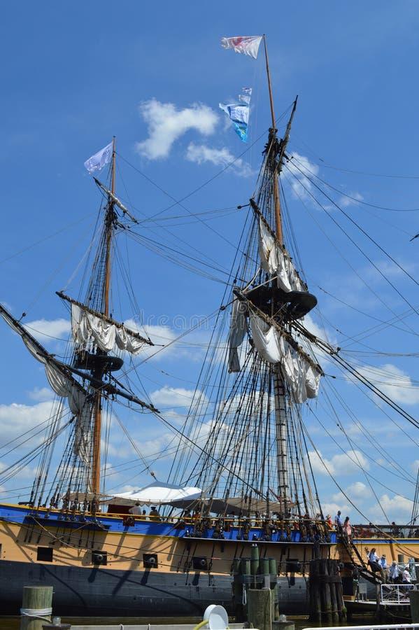 Mastros altos franceses do navio fotografia de stock royalty free