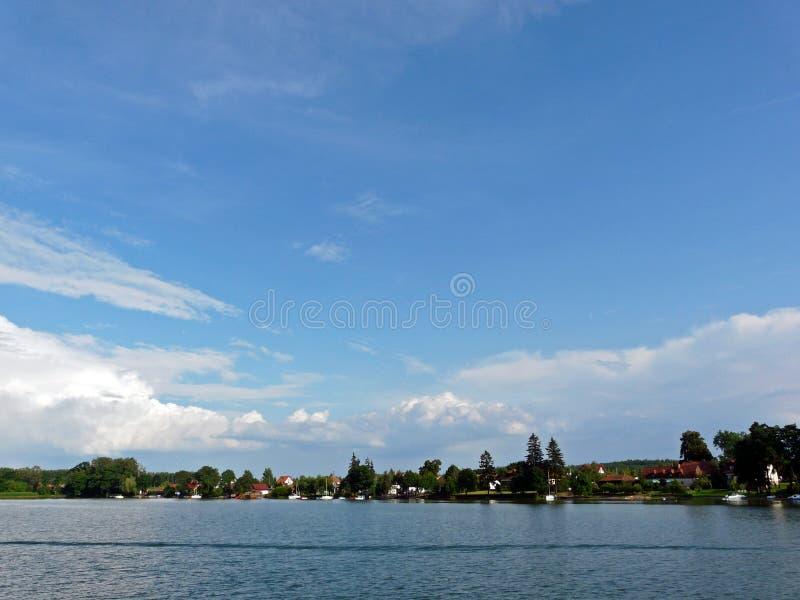 Masurianlandschap in Polen bij het Niegocin-meer royalty-vrije stock foto