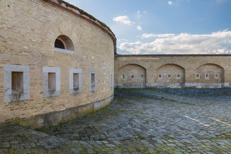 Masywny bastion z armatnimi portami zdjęcia stock