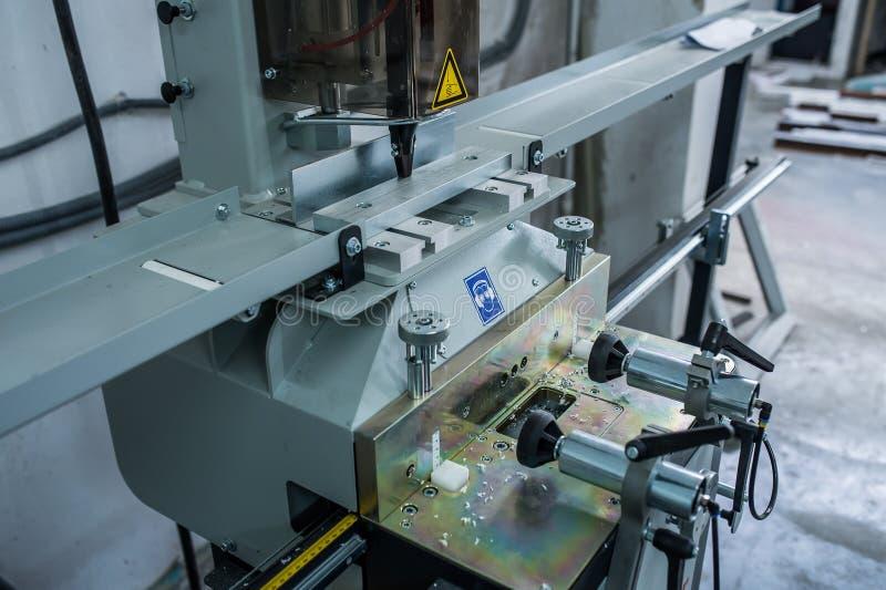 Maszyny dla produkci plastikowi okno obrazy stock
