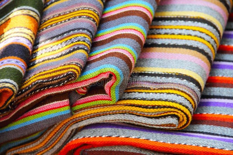 Matéria têxtil colorida estónia tradicional imagem de stock royalty free