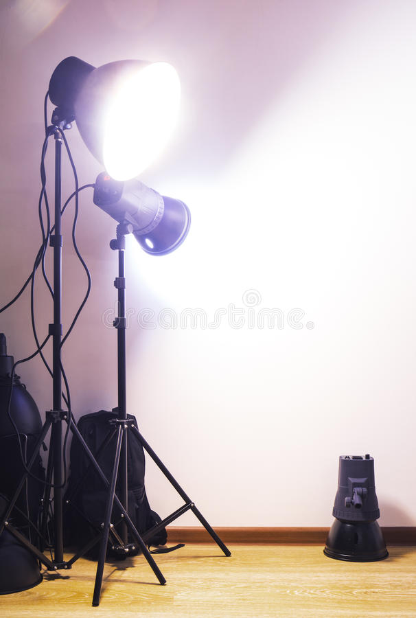 Matériel d'éclairage de studio de photographie images libres de droits