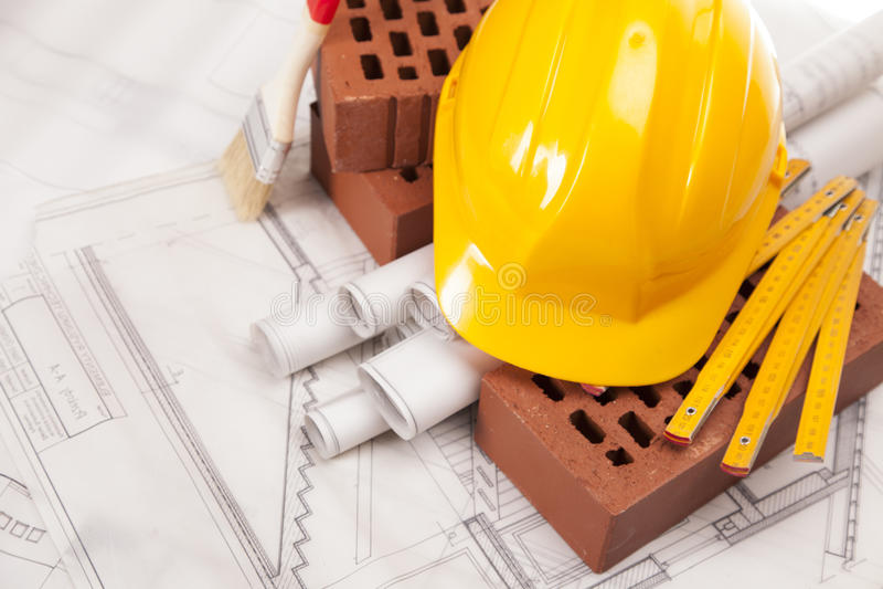 Matériel de construction et de construction sur les plans blancs image libre de droits
