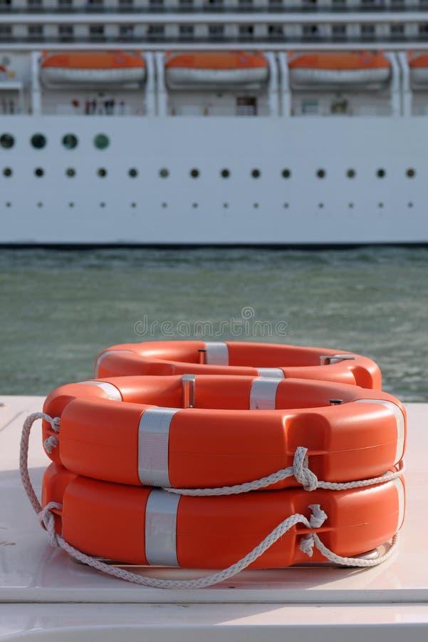 Matériel de sécurité marine photos stock