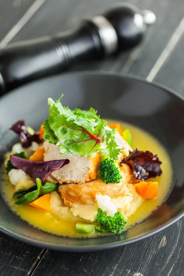 Mat äter, restaurangen, menyn, kött royaltyfri bild