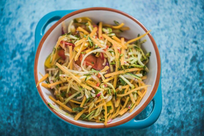 Mat för sallad för Butternut vibrerande och sund, fotografering för bildbyråer