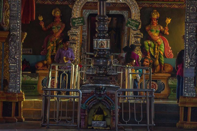 MATALE,斯里兰卡- 2013年3月:Sri Muthumariamman寺庙内部 库存图片