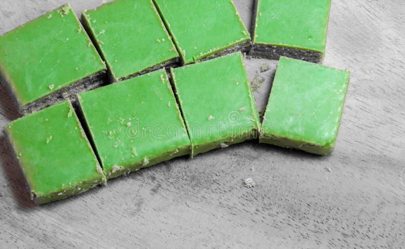 Matcha绿茶薄酥饼 免版税库存图片