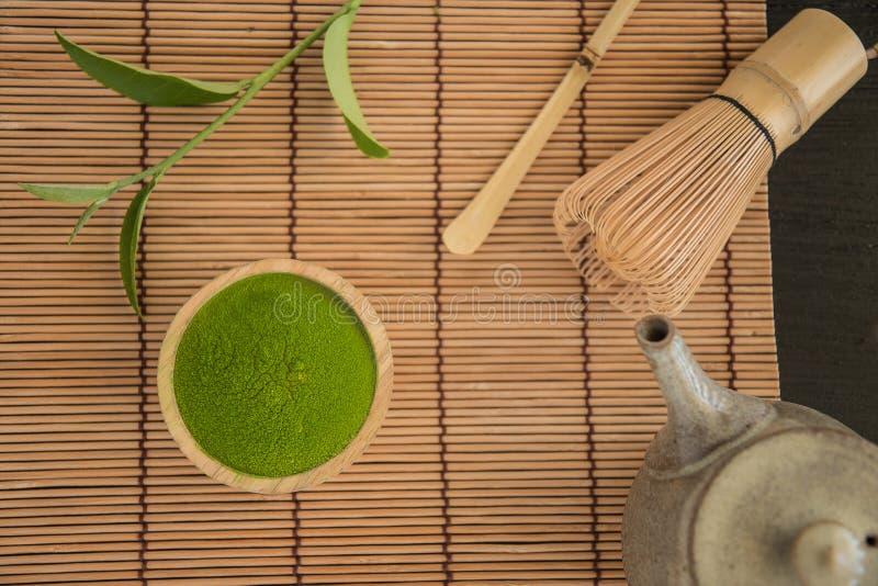 Matcha C?r?monie de th? verte organique de matcha Poudre de Matcha Cuisson avec le matcha images stock