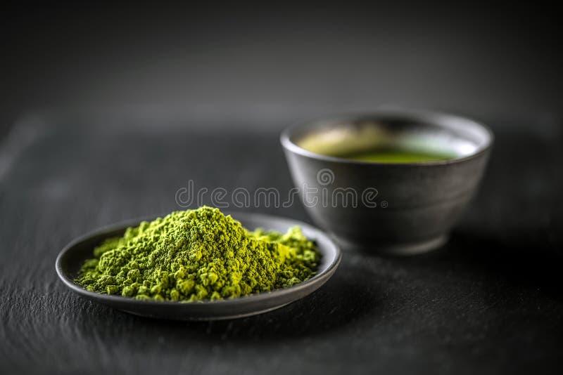 Matcha grönt te för pulver fotografering för bildbyråer