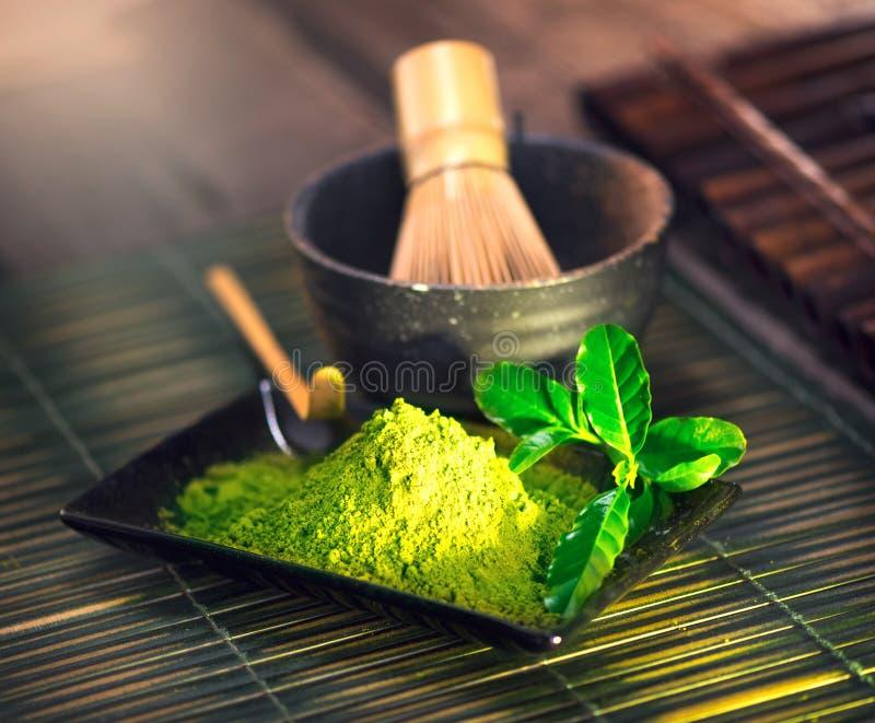 Matcha proszek Organicznie zielonego matcha herbaciana ceremonia obraz stock
