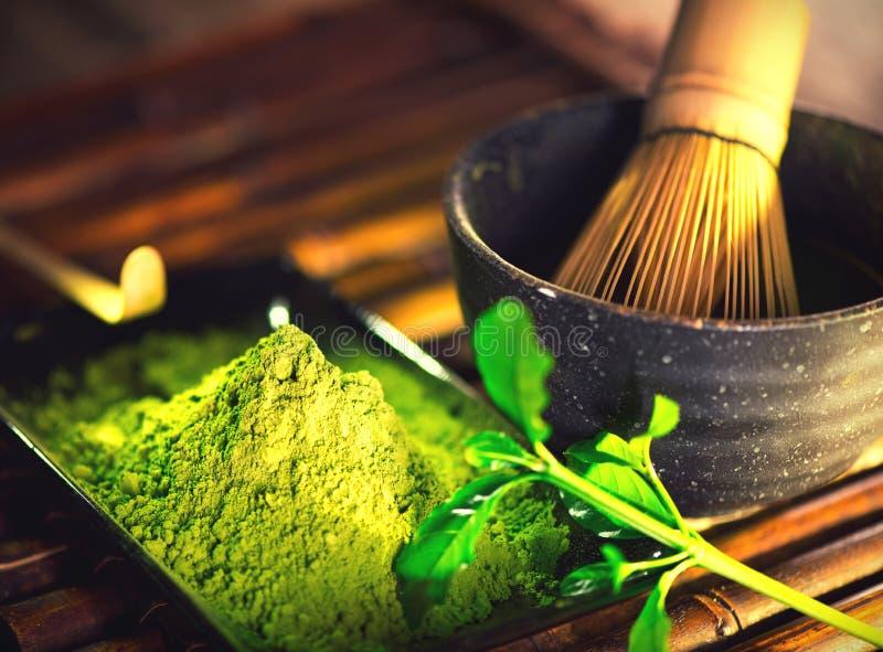 Matcha proszek Organicznie zielonego matcha herbaciana ceremonia obrazy stock