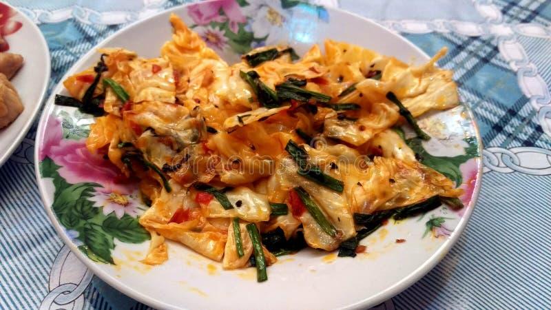 Maten är gourmet- eller kryddig kinakål arkivbilder