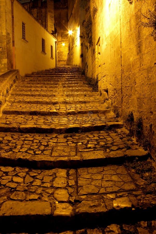 Matera, Italie la nuit - capitale européenne de la culture 2019 images stock