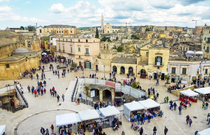 MATERA, ITALIEN, AM 1. MAI 2019 - Panoramablick der alten Stadt von Matera Sassi di Matera in Basilikata, Süd-Italien lizenzfreies stockfoto