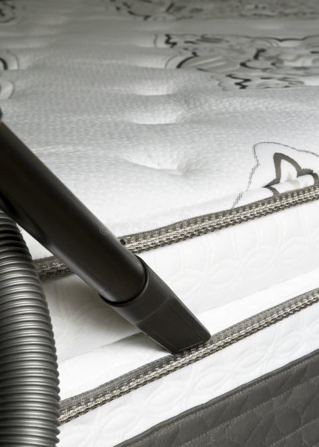 Materac Cleaning - Łóżkowej pluskwy zapobieganie obrazy royalty free