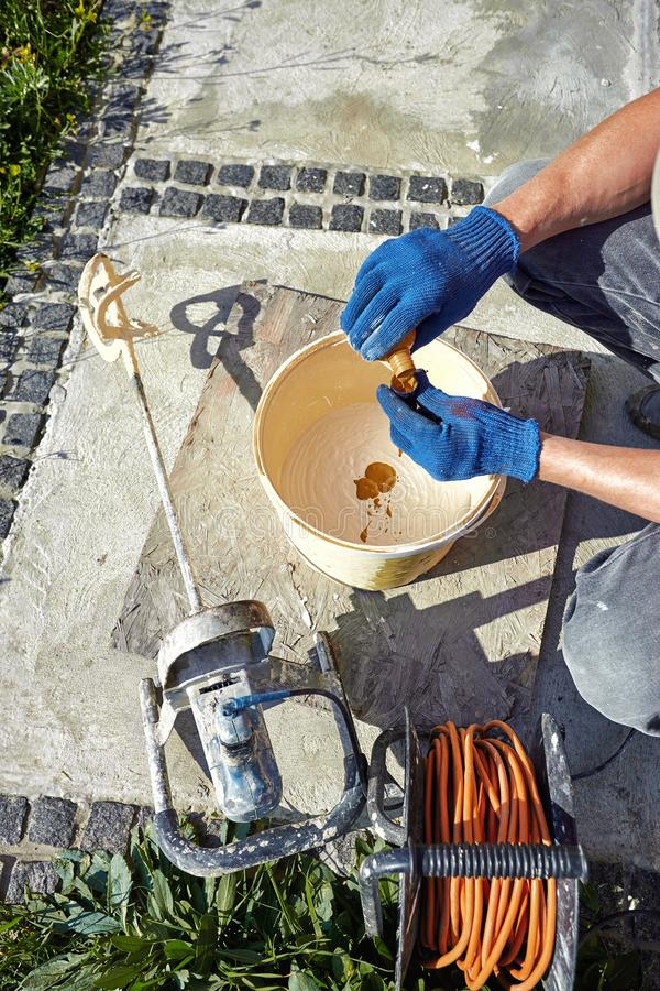 Materiały i narzędzia dla naprawy fasada budynek fotografia stock