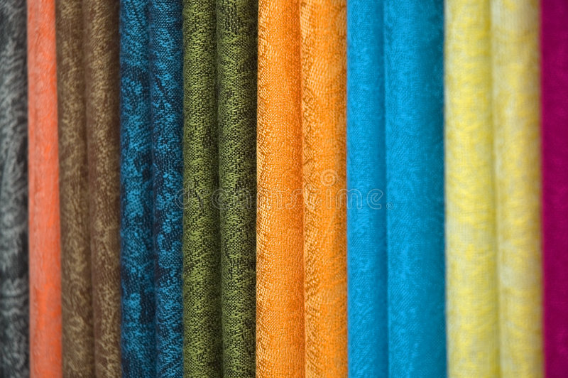 Materia textil coloreada fotos de archivo libres de regalías