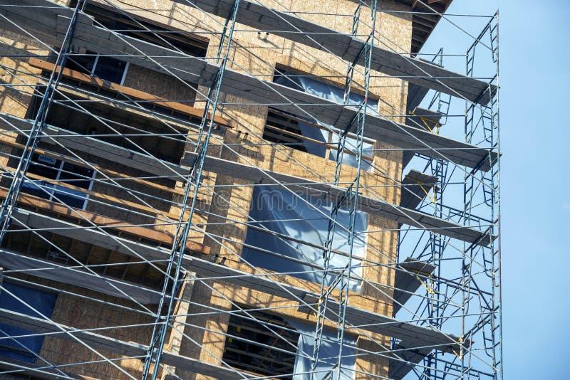 Material till byggnadsställningkonstruktionsplats royaltyfria bilder