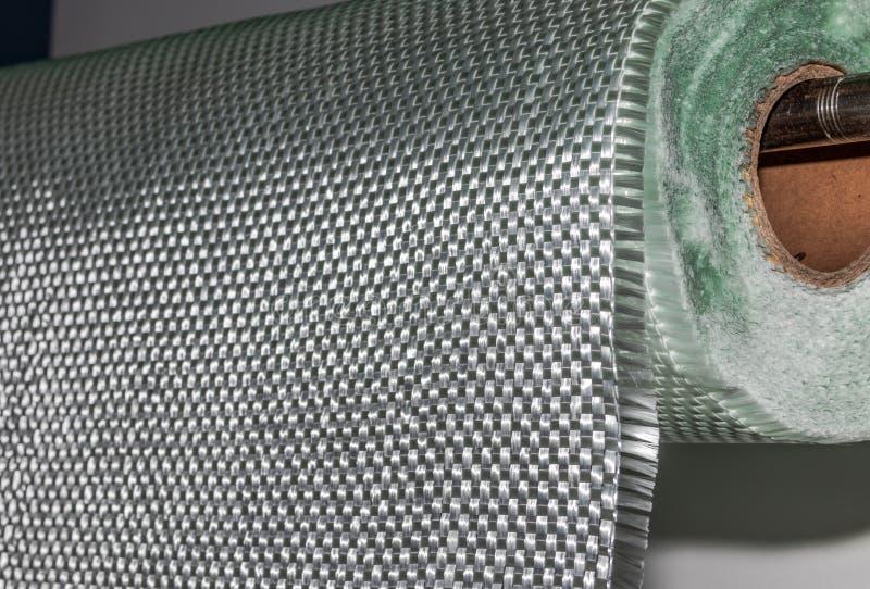 Materiale composito del rotolo del tessuto della vetroresina fotografie stock libere da diritti