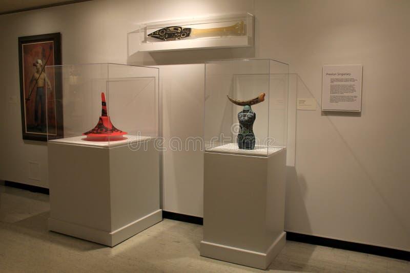 Materiale illustrativo e sculture splendidi sui piedistalli, Art Gallery commemorativo, Rochester, New York, 2017 fotografie stock libere da diritti