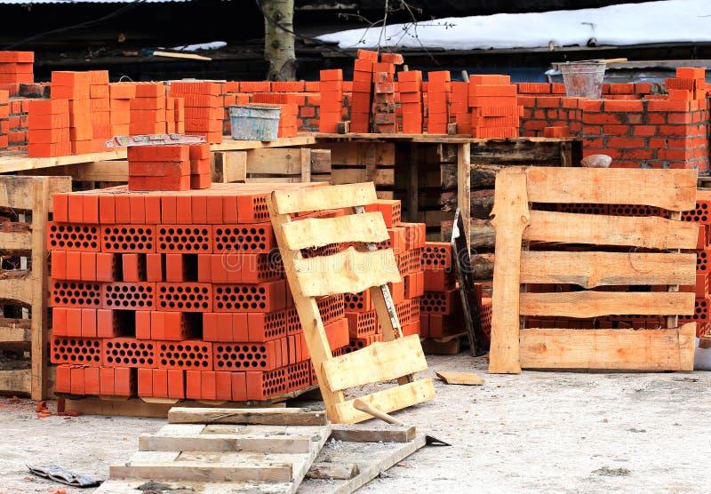 Materialen bij de bouwwerf stock foto's