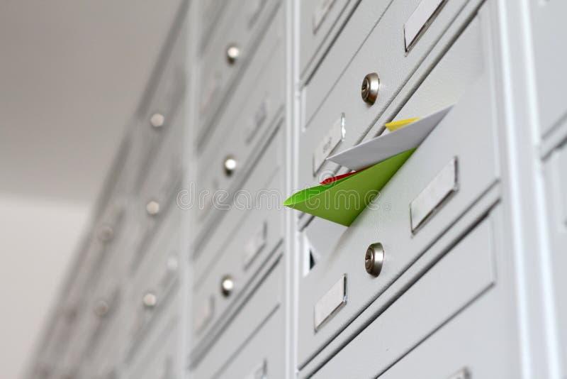 Materiales de publicidad del correo imagen de archivo