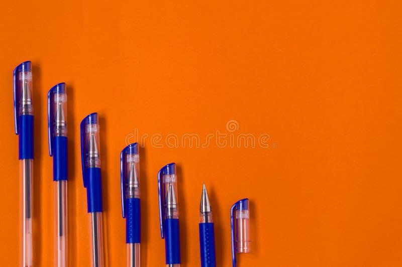 Materiali di scrittura, penne immagine stock